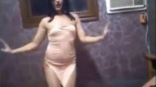 نيك رقص سكسي مصرية ليلة الخميس بقميص ستا